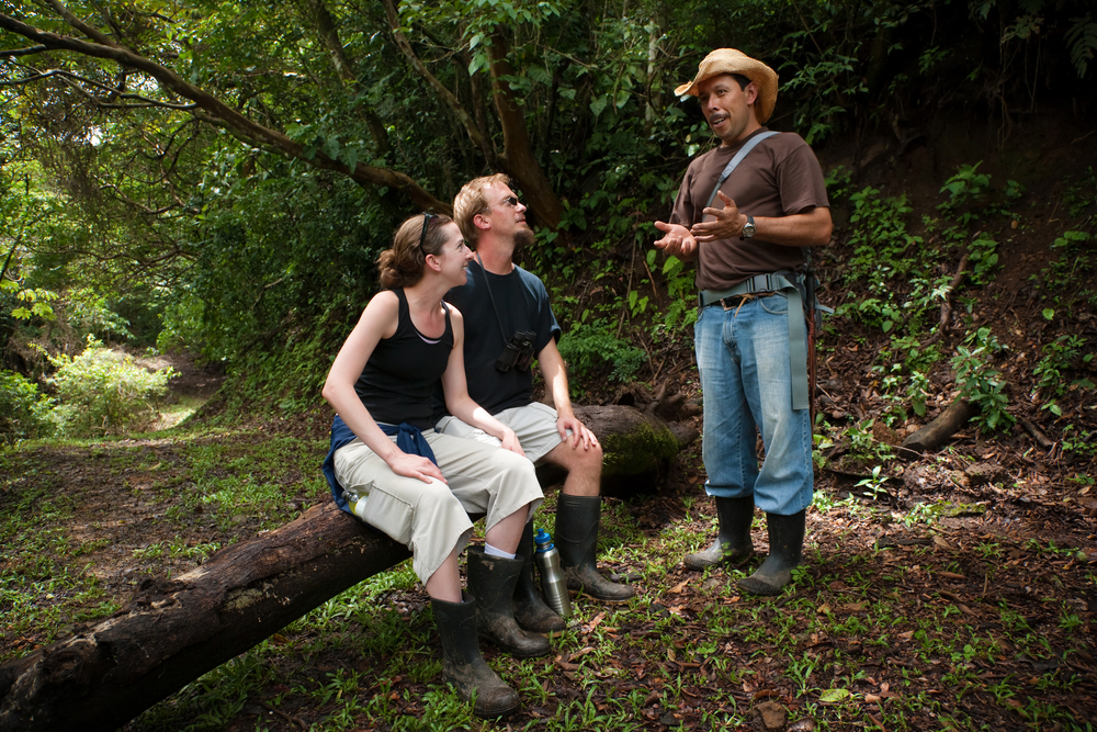 couple with nature guide in Monteverde Costa Rica